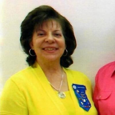 Governor Jolene Schauer